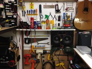 Parte dos equipamentos de trabalho oficina Curso Baroni